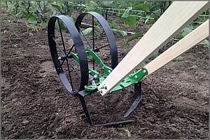 weeding blades or sweeps