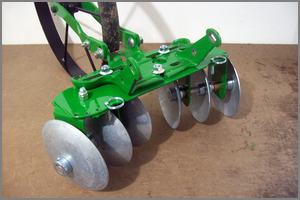 Hoss disc cultivator