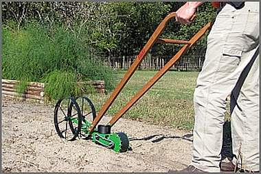 Double wheel seeder