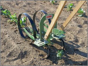 cultivating with double wheel model