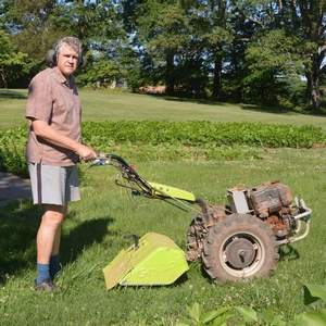 Grillo tractor with rear-tine tiller attachment